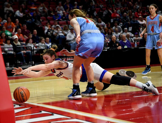 Eastland's Karlie Krogman, shown here diving for a loose ball during her team's state championship win over Lewistown in February 2020 in Normal, led her team to a home win over rival and No. 1-ranked Amboy on Tuesday, Feb. 23, 2021.