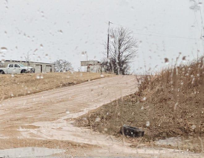 Gravel Growler road