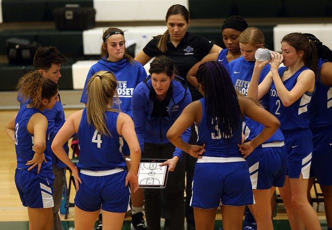 Central Crossing girls basketball coach Ann Tiefenthaler instructs her team during a game last season. Tiefenthaler is on maternity leave following the berth of her daughter, Emma, on Jan. 14. Christen Nohra has taken over as interim coach.