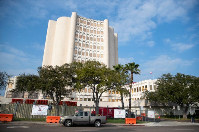 Construction on the Nueces County Courthouse on Tuesday, Feb. 9, 2021.