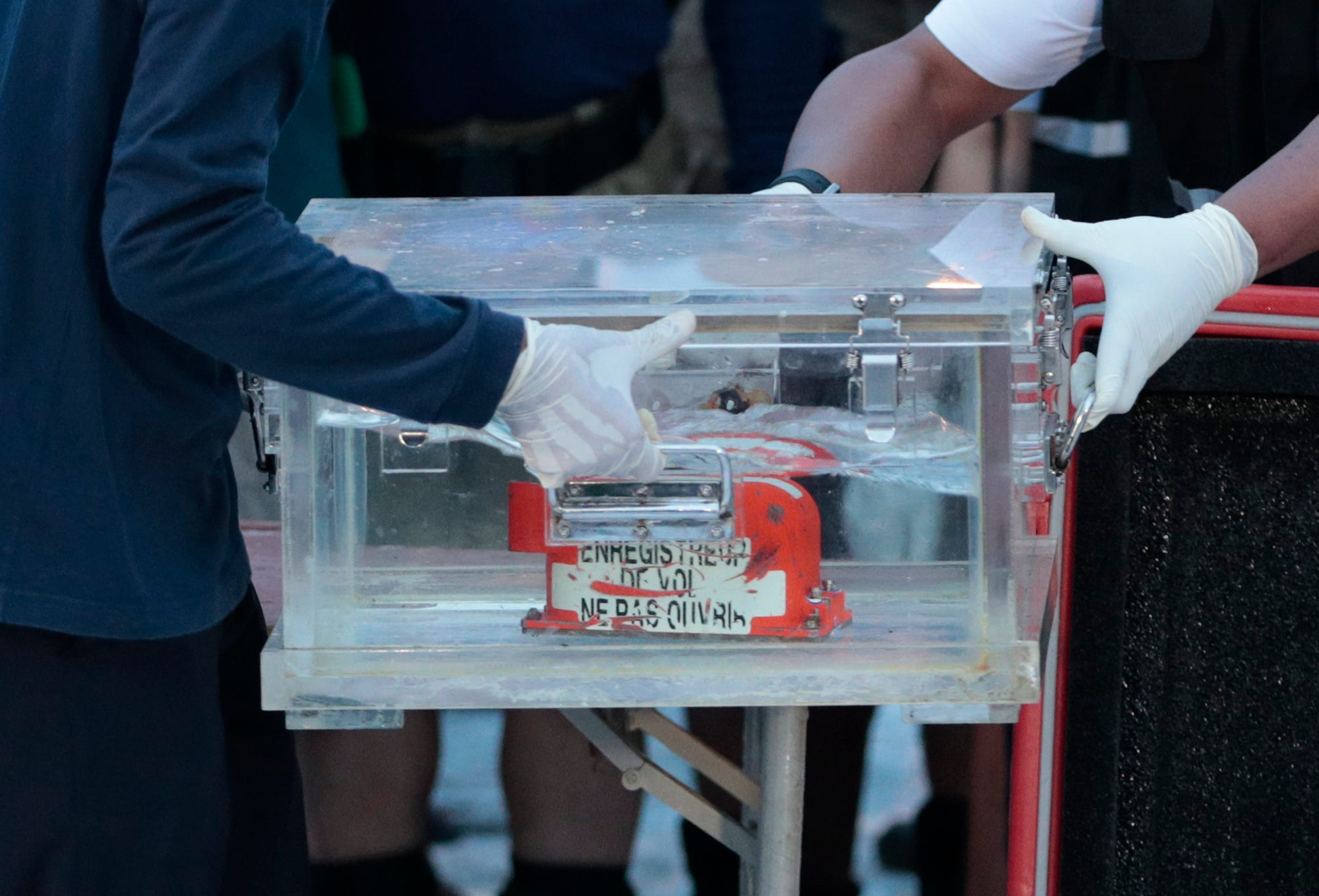 Ask the Captain: Why aren't black boxes made to be more indestructible?