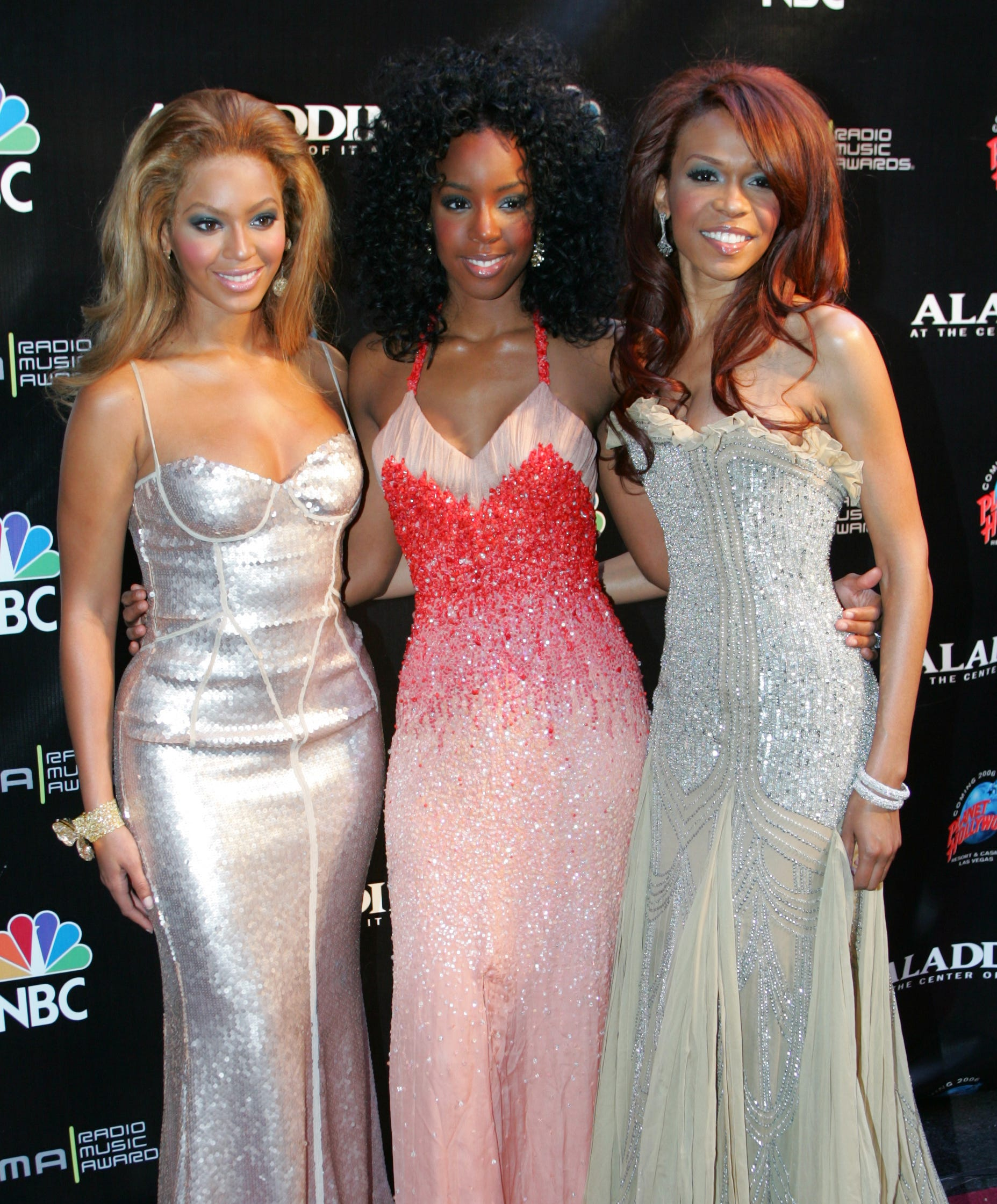 The Destiny's Child group chat reunion is a good reminder to check in with your friends