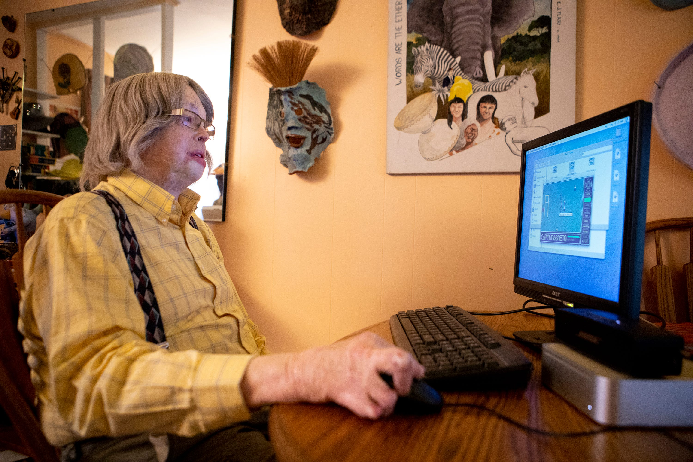 Al Evans at his computer