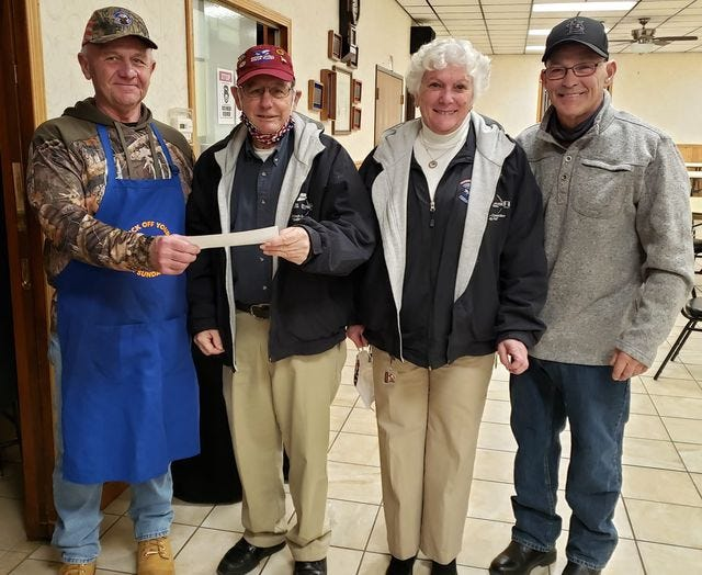 Last Friday night, Canton Elks Lodge 626 honored our Veterans by feeding them a free meal. Veterans Committee Chairman Steve Widger and Lodge Exalted Ruler Garry Hensley presented a check for $1,500 to the Peoria area Honor Flight.