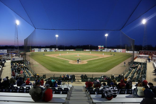 Burlington Bees season home opener against the Bowling Green Hot rods at Community Field. The Burlington Bees have joined the Prospect League, a wooden bat collegiate league with teams across the Midwest, Pennsylvania, and West Virginia with their first home game on May 30.
