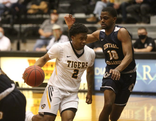 Nyjee Wright dribbles toward the basket this past Saturday against UCO.