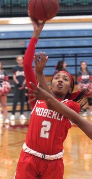 Moberly Area Community College women's returning sophomore Bryce Dowell tallied 14 points Monday in helping the Lady Greyhounds knock off the Reivers of Iowa Western CC by a 78-65 result at home.