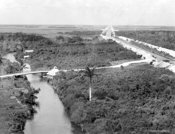 """""""Reclaiming the Everglades,"""" January 1912."""