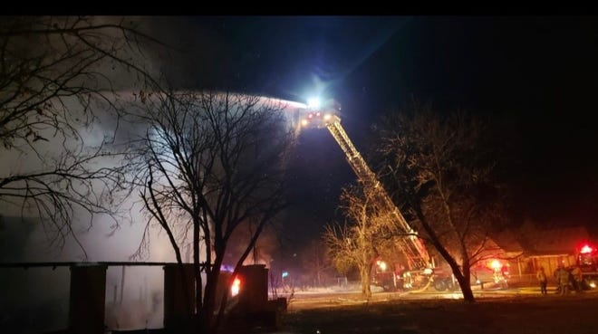 On February 3rd, the Ballinger Fire Department fought, and contained, fires at two vacant homes. Neither home had electricity. The fires have sparked an arson investigion.