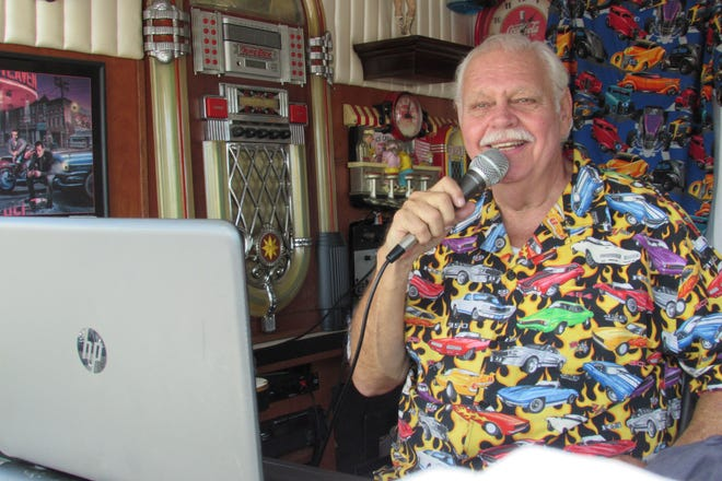 Classic car owners will pay tribute to the late Lance Hubschmitt, popular D.J. and owner of Lance's Cruzin to the Hop, in Venice. Hubschmitt died Feb. 9 after a battle with cancer.