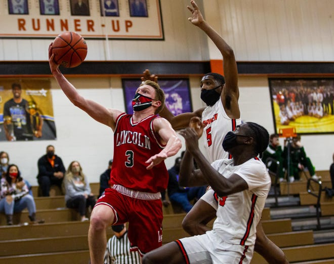 Lincoln vs. Lanphier basketball games could return on an annual basis if Lincoln accepts an invitation to rejoin the Central State Eight Conference.