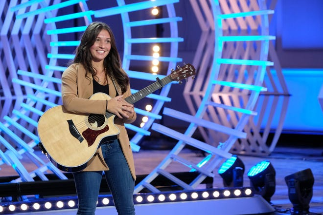 """""""American Idol"""" contestant Chloe Belsito will perform at a benefit for Worcester police Officer Ignacio Garcia May 2 in Worcester."""