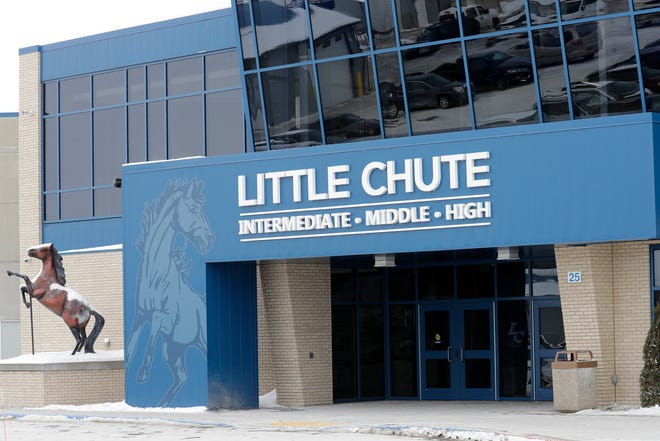 The Boys & Girls Clubs of the Fox Valley will open a school-based club in the intermediate school portion of the Little Chute Intermediate, Middle and High Schools.