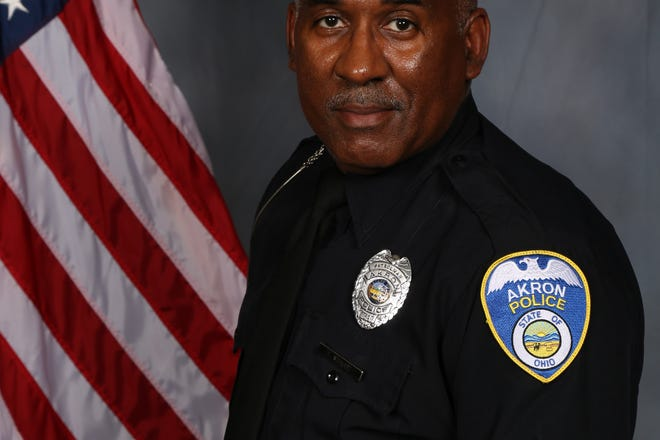 Akron police officer Edward Stewart died of COVID-19 Friday morning.