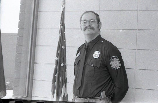 Dwight Stearns served 31 years in the Earlham Police Department before retiring as the chief of police in 2011. He then became a transport officer for the Dallas County Sheriff's Office.