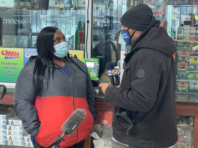Tyana Stanton, pictured here with community activist Tracey Dent , is being told she will be gifted a new car by Stark Foods.