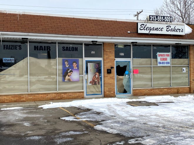 A juice shop could come to these two empty storefronts along Inkster Road north of Cherry Hill in Garden City.