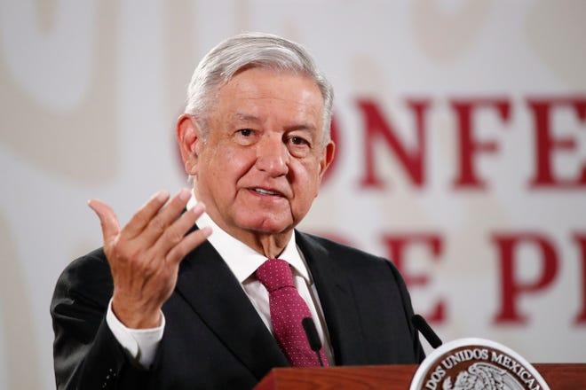 El presidente de México, Andrés Manuel López Obrador, habla durante una rueda de prensa matutina en el Palacio Nacional de Ciudad de México.