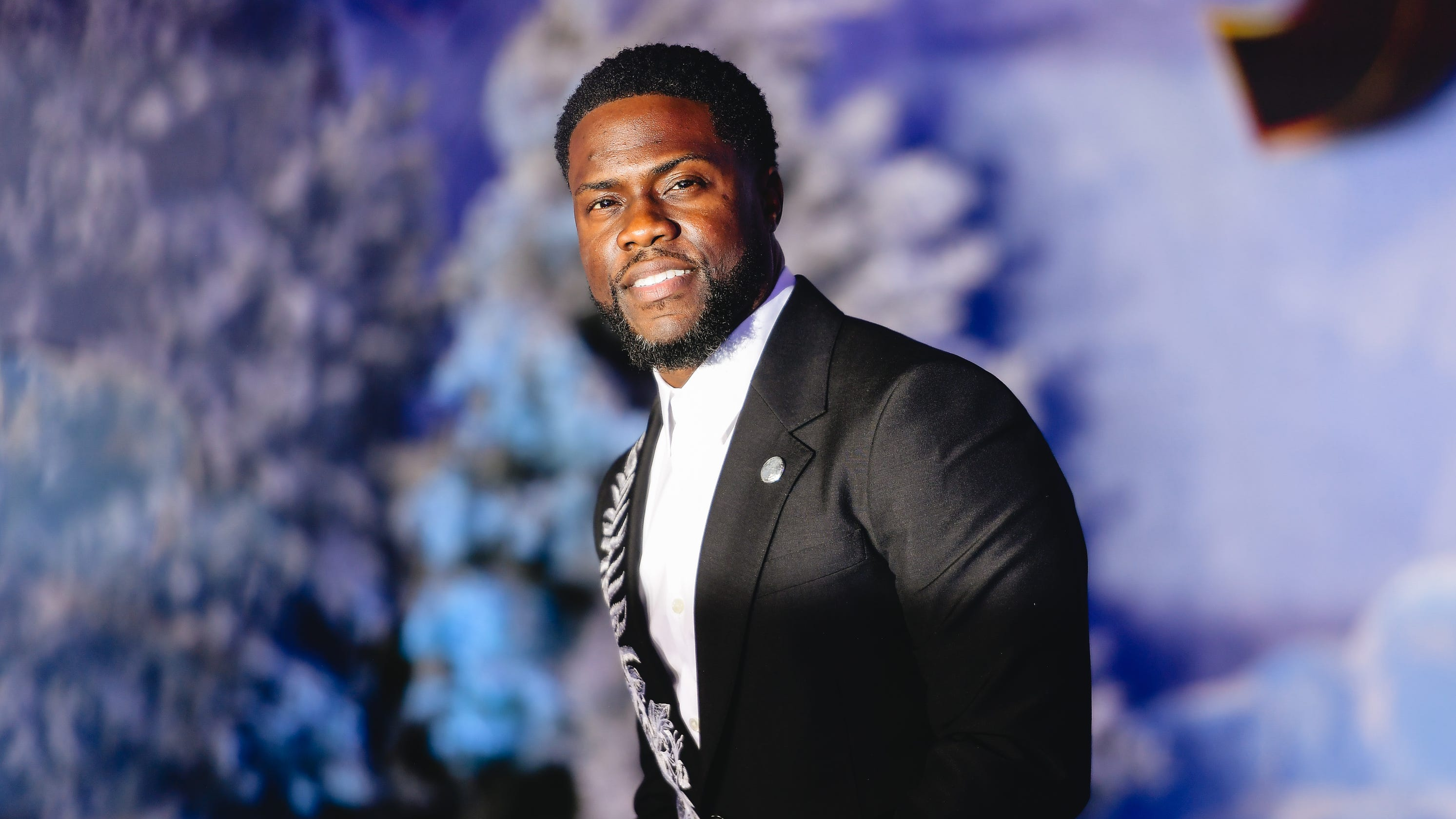 Kevin Hart's personal shopper charged with stealing over $1 million from comedian - USA TODAY