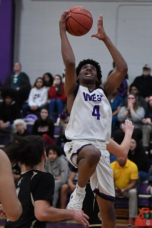 Topeka West's Elijah Brooks scored 28 points in Friday night's game against Junction City, missing just one of his 14 field goal attempts in the Chargers' 77-62 home victory over the Blue Jays.