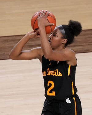 ASU's Jaddan Simmons had one of the roughest games of her freshman season Friday, shooting 0-of-9 and missing six 3-pointers in a loss to Washington.