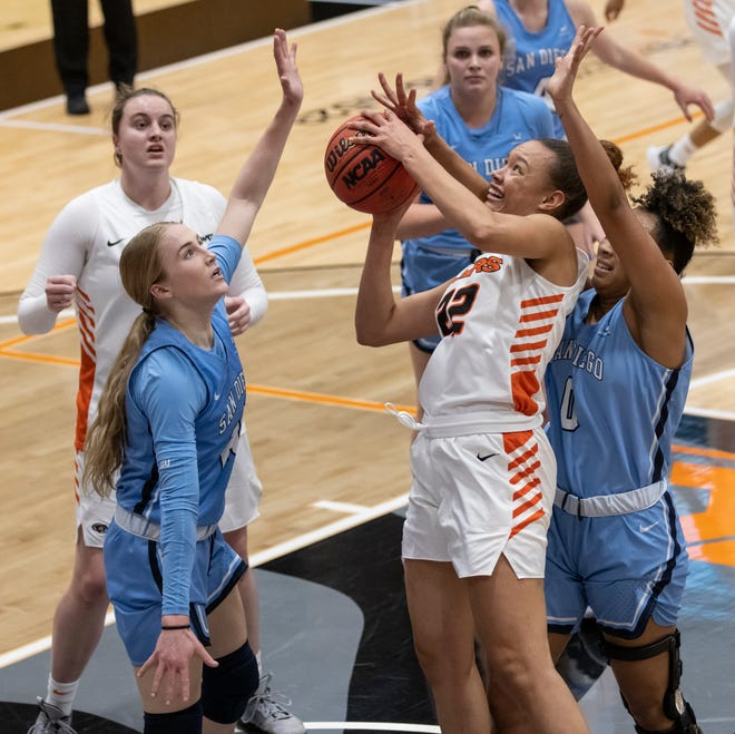 Pacific Tigers guard Valerie Higgins (22) attempts a layup during the second quarter during the WCC women's basketball game at UOP's Spanos Center in Stockton Saturday, Feb. 13, 2021. [SARA NEVIS/FOR THE RECORD]
