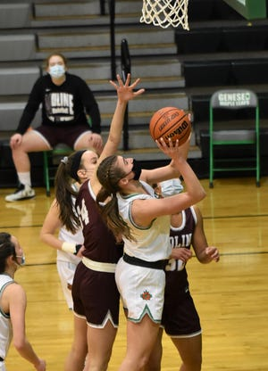 Geneseo's Annie Wirth had 17 points in the Lady Leafs victory over Moline.