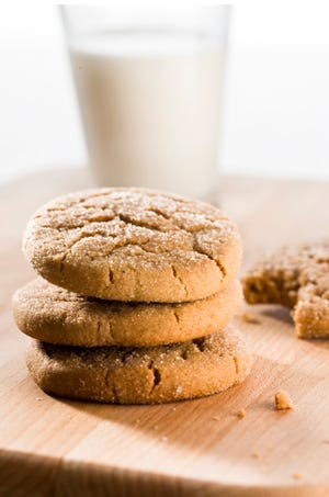 Doesn't a molasses snack cookie sound good right now?