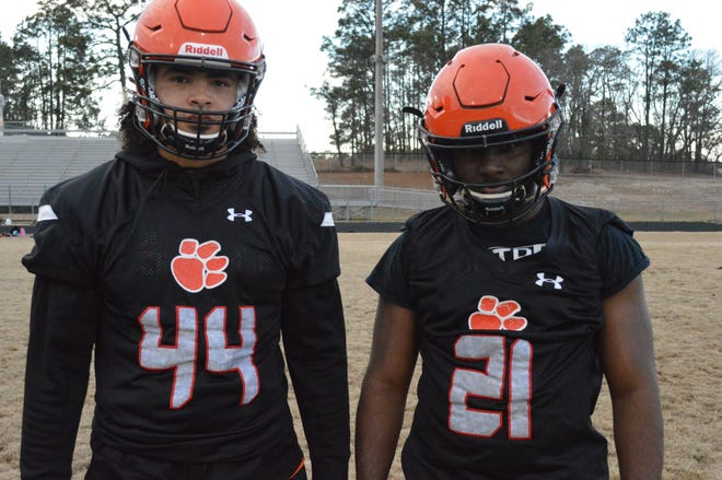 In addition to Autry, right, defensive end Michael Herbert is expected to be a major contributor for the Tigers in 2021. Herbert signed to play college football at West Virginia Wesleyan on Feb. 3
