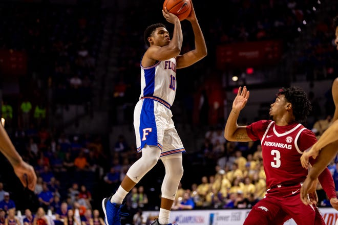 Florida guard Noah Locke rises for a jumper during last year's game against Arkansas at Exactech Arena. The Gators visit the Razorbacks on Tuesday night.