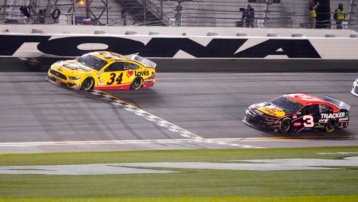 McDowell beats 100-1 odds for upset Daytona 500 victory 2