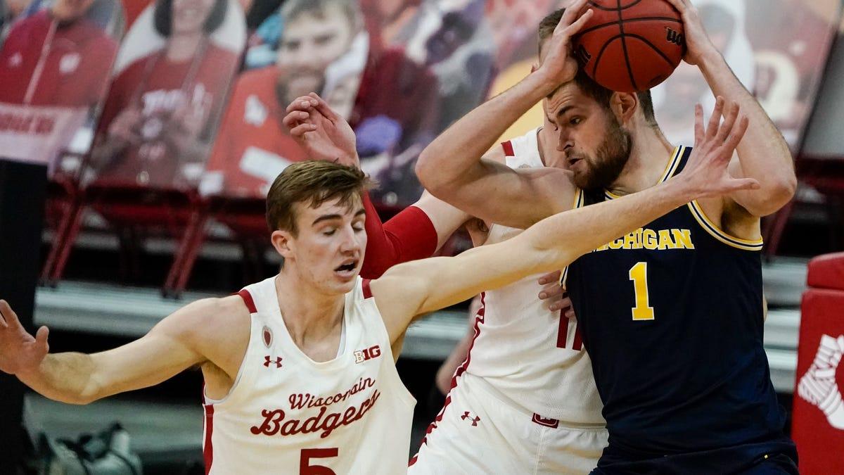 Michigan's Hunter Dickinson earns sixth weekly Big Ten freshman award 2
