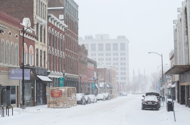 A look down South Avenue in downtown Springfield on Monday, Feb. 15, 2021, as temperatures dipped below zero.