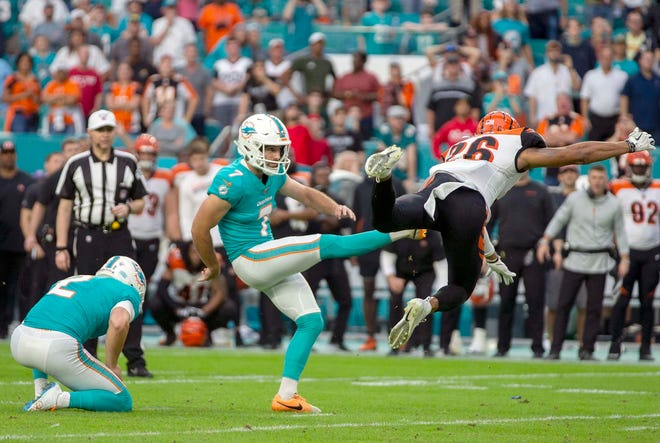 Dolphins kicker Jason Sanders has a new deal worth $22 million.