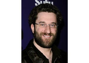 """Former """"Saved by the Bell"""" star Dustin Diamond's stage 4 lung cancer reportedly was diagnosed after he sought treatment for a """"huge lump on his throat."""" He died earlier this month just weeks after diagnosis."""