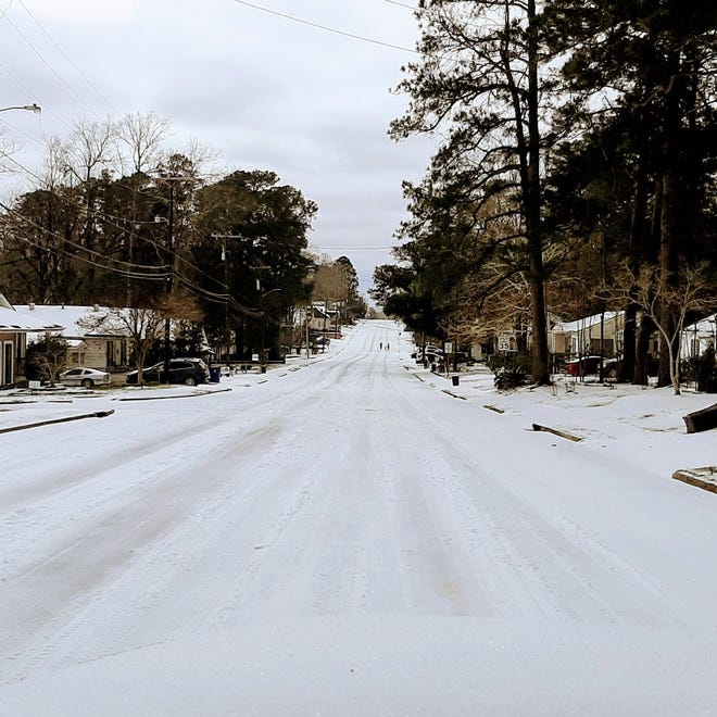 A winter storm that hit Central Louisiana had local law enforcement asking people to stay off roads. The Pineville Police Department and others reported roads in worse shape on Tuesday than on Monday.
