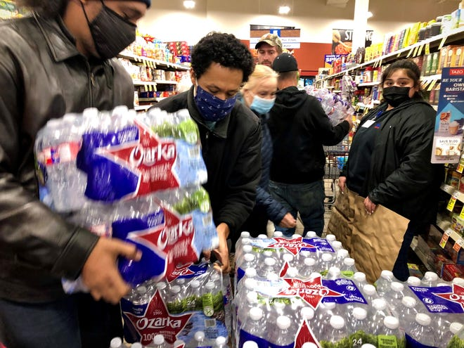 Shoppers rushed to the United Supermarkets location on South 14th Street to buy water not long after the city of Abilene announced it had 2-3 hours of water left at normal consumption. Faucets went dry quickly as residents stored water. Feb 15 2021