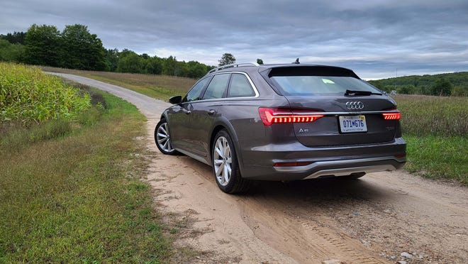 The distinctive taillights of the 2020 Audi A6 Allroad.