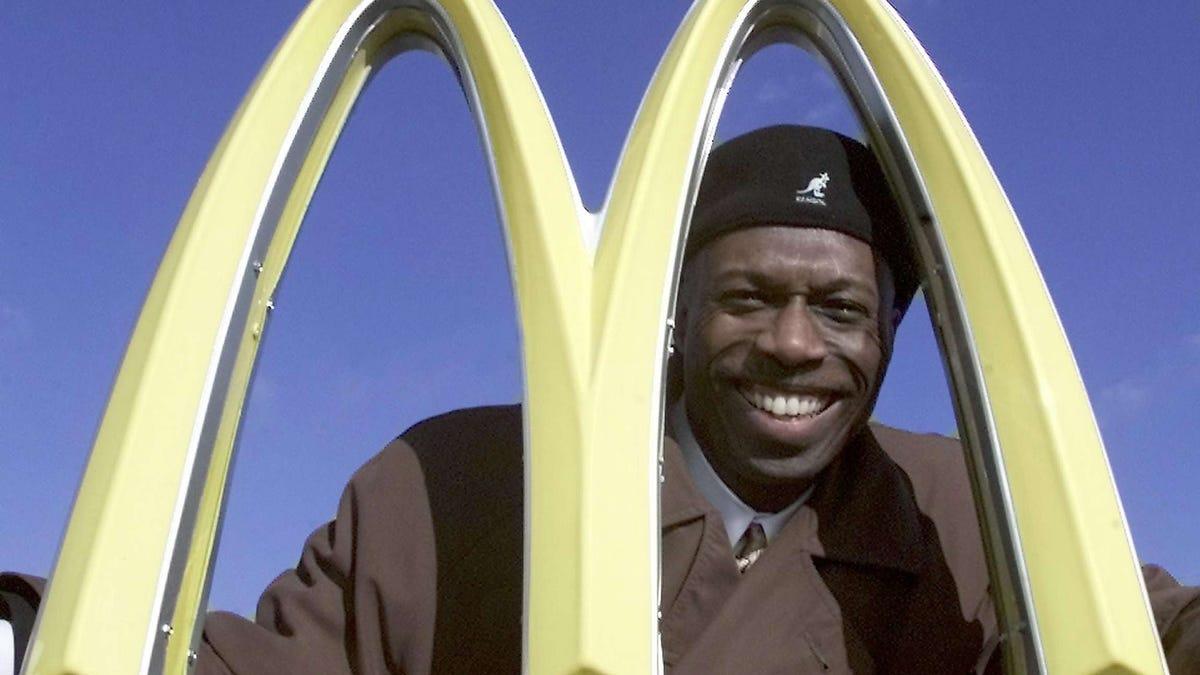 Herb Washington, Flint native and ex-MSU track star, sues McDonald's over discriminatory practices 2