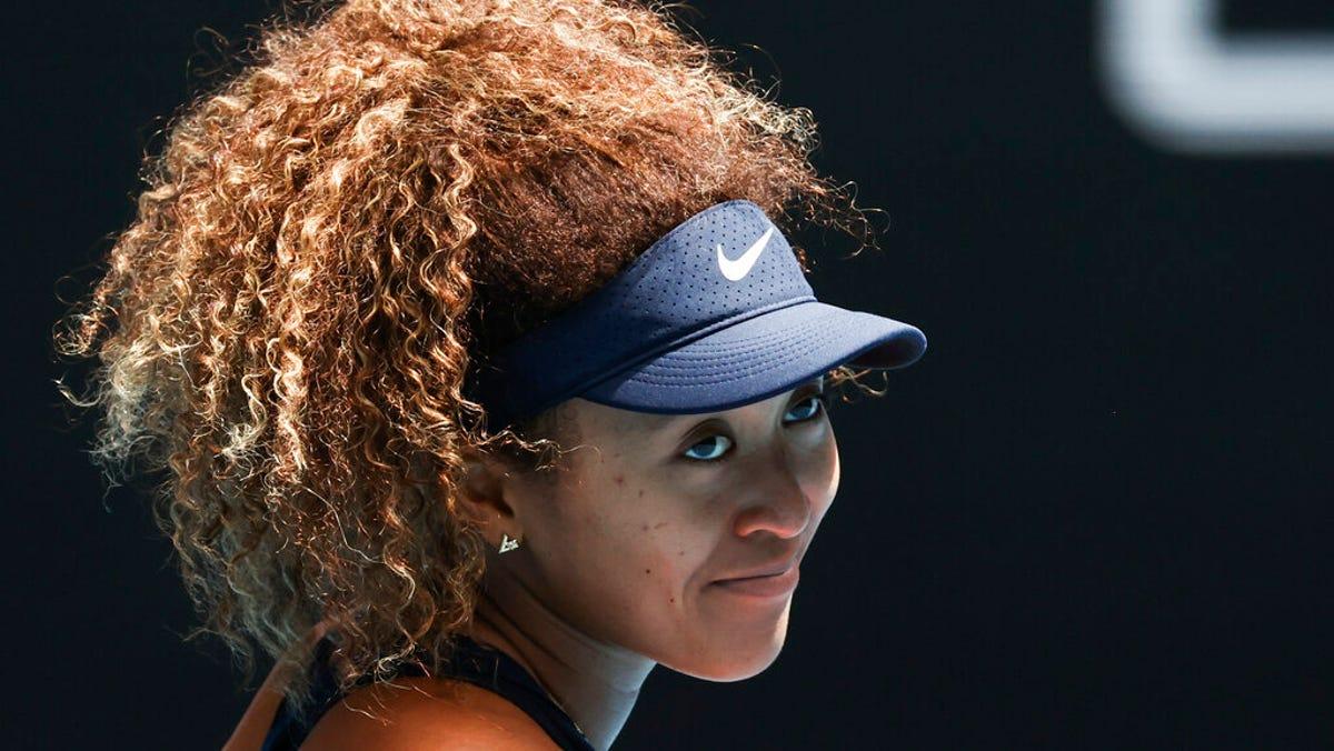Naomi Osaka advances to Australian Open semifinals against Serena 2