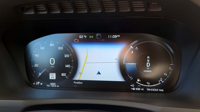 The 2020 Volvo XC90 sports a fully digital instrument display.