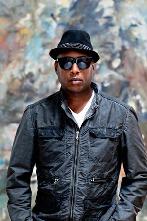 Recording artist Talib Kweli.