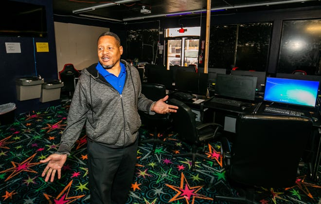 "Anthony Burden, owner of internet cafe 326 Hot Spot, said his establishment has had no robberies. ""We want to open back up with the blessing of Marion County,"" he said. But a new ordinance makes that unlikely."