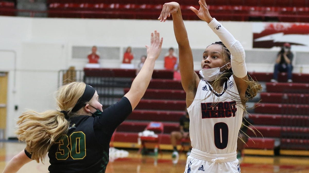 Detroit Mercy women's basketball's top 3 scorers enter transfer portal amid coach controversy 2