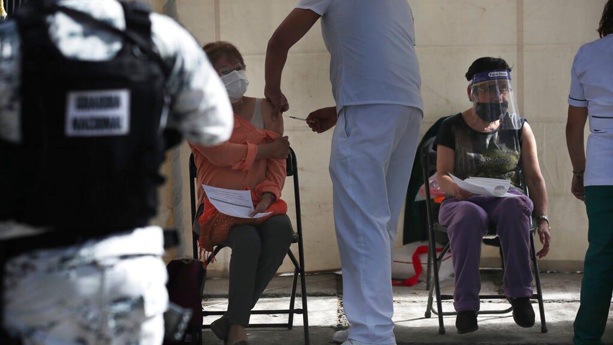 Mexico rises above 2 million confirmed coronavirus cases 3