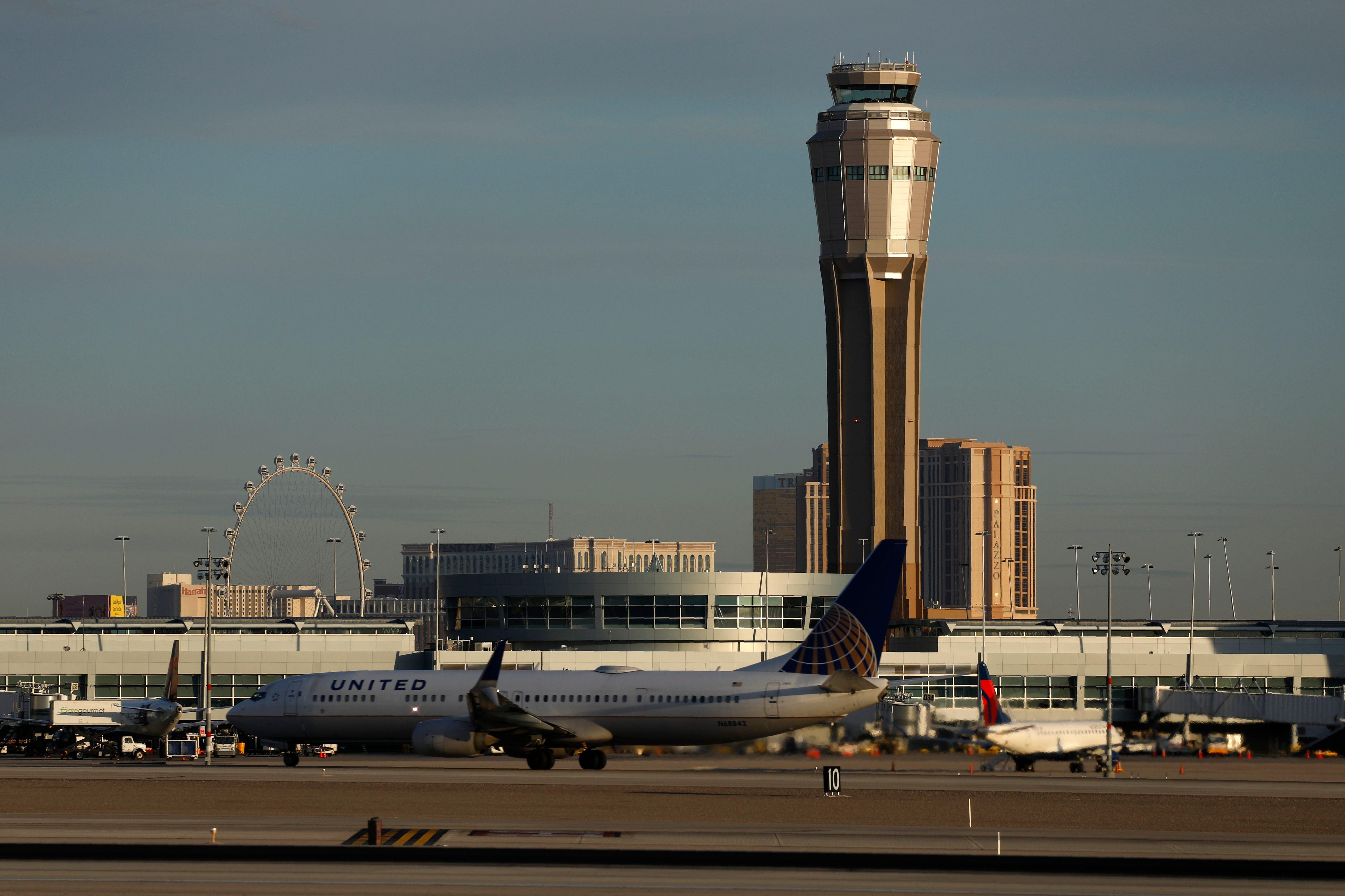 Vegas airport name change to honor former Sen. Harry Reid 2