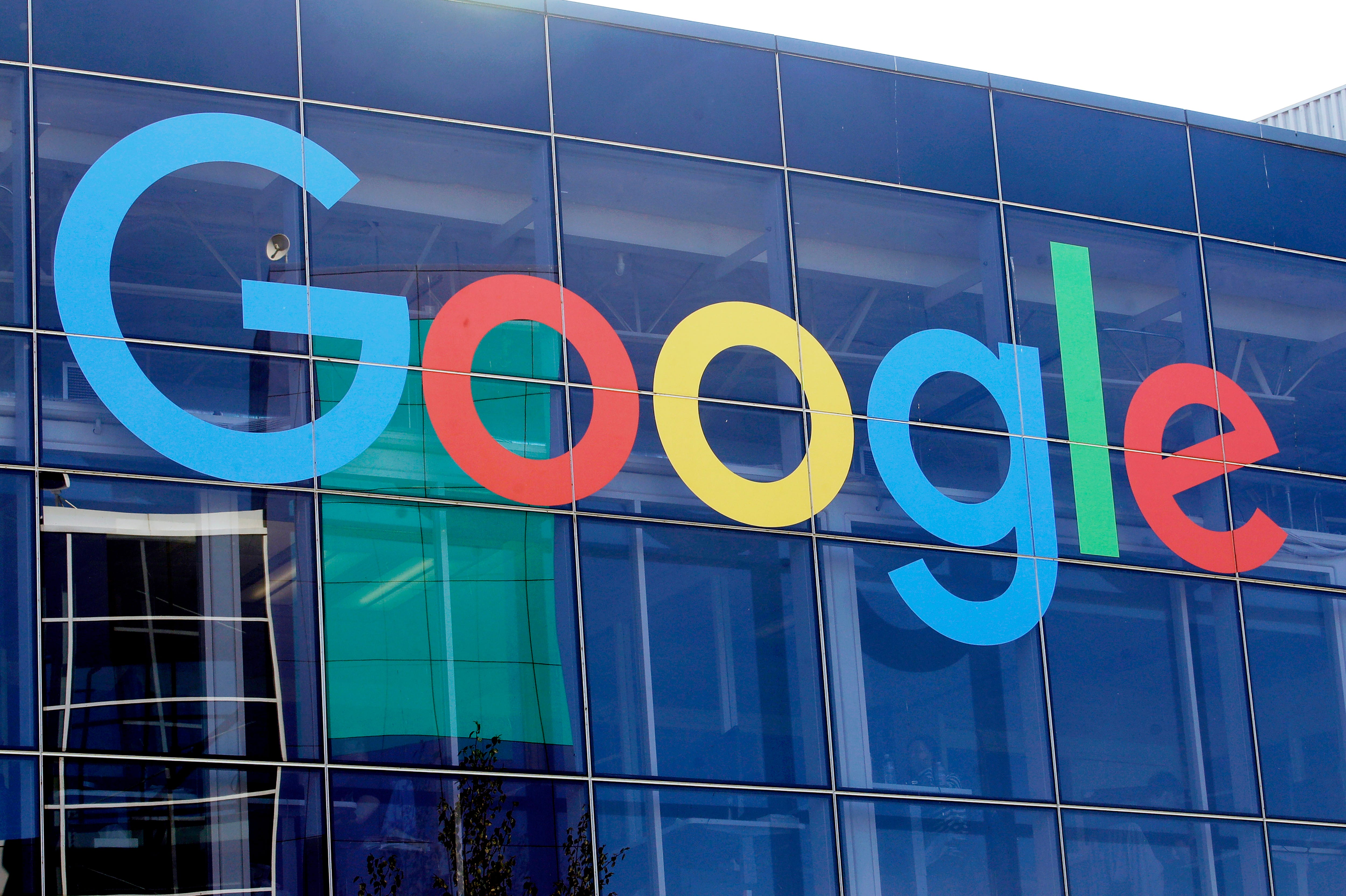 In Australia, Google makes publisher deals, Facebook walks 2