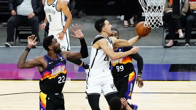 Suns trade Jevon Carter, first-round pick to Nets for Landry Shamet