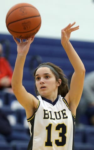Tallmadge freshman Sydney Becks led the Blue Devils with 15 points in a 52-21 win over Coventry in a Division II sectional semifinal Wednesday night. [Jeff Lange/Beacon Journal]