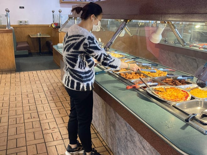 Patrons of restaurants offering buffet dining or salad bars such as the Great Chinese Buffet on Southgate Parkway in Cambridge can once again serve themselves after the Ohio Department of Health recently issued a revised health order.